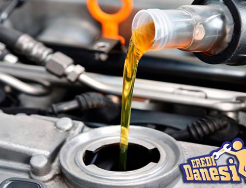 Controllo periodico livello olio